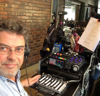 Philippe Mouisset recording with CantarX3 Cantarem1 mixing surface la Grange à Sons